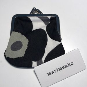 NWT Marimekko Mini-Unikko Mini Coin Pouch BlackNWT for sale